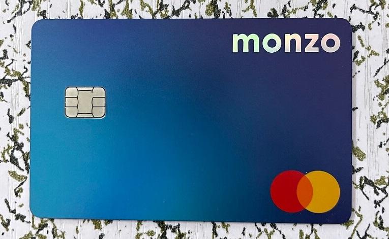 Monzo Plus全息卡